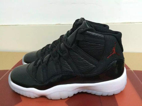 AIR JORDAN 11 (72-10 HOLIDAY 2015)