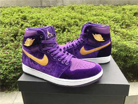 AIR JORDAN 1 (ROYAL PURPLE VELVET)
