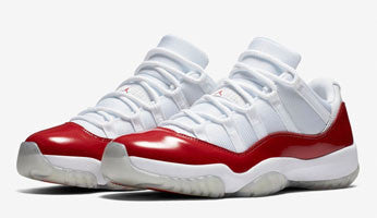 AIR JORDAN 11 LOW (WHITE / VARSITY RED)