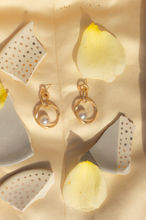 Cascading Matte Gold Hoops with Pearl - Sugar + Style