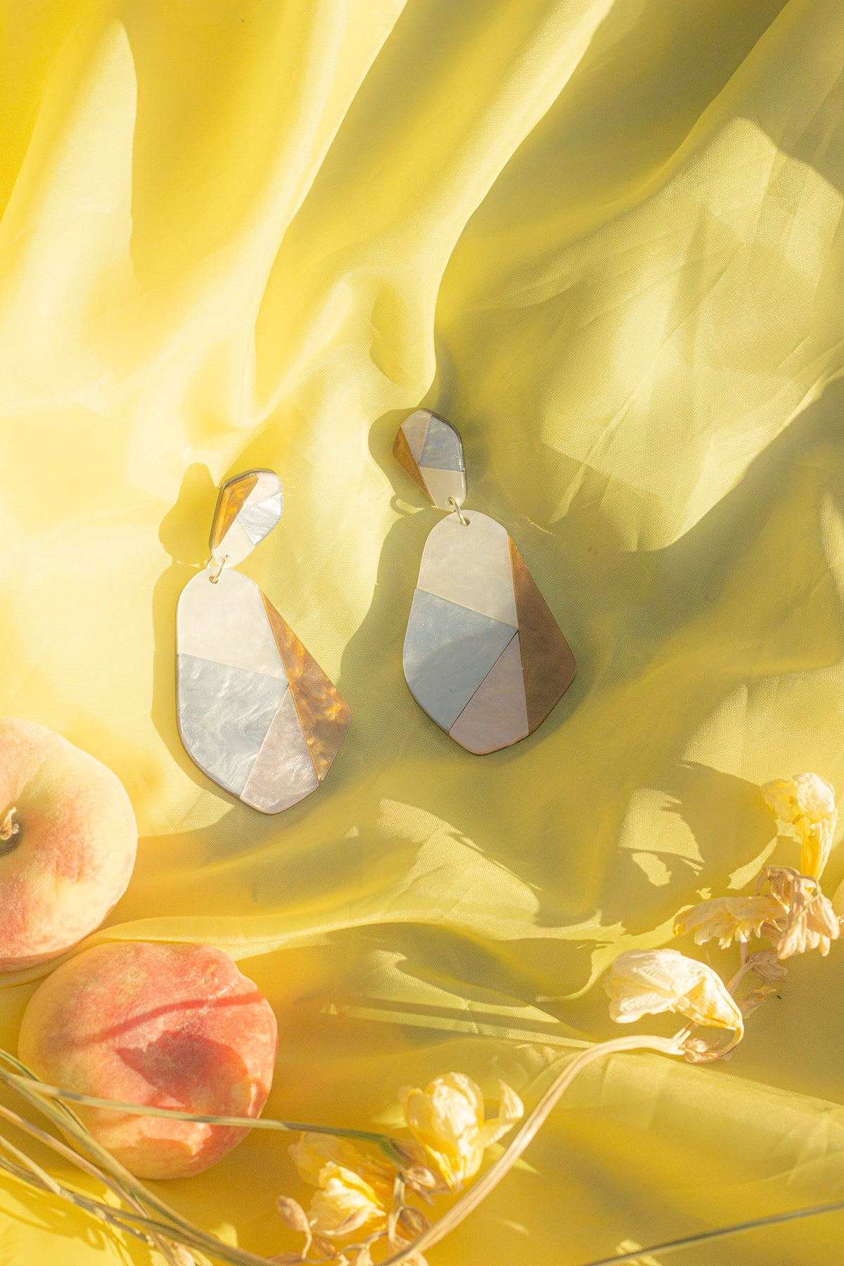Wiggle Geo Piece Marble Effect Earrings - Sugar + Style