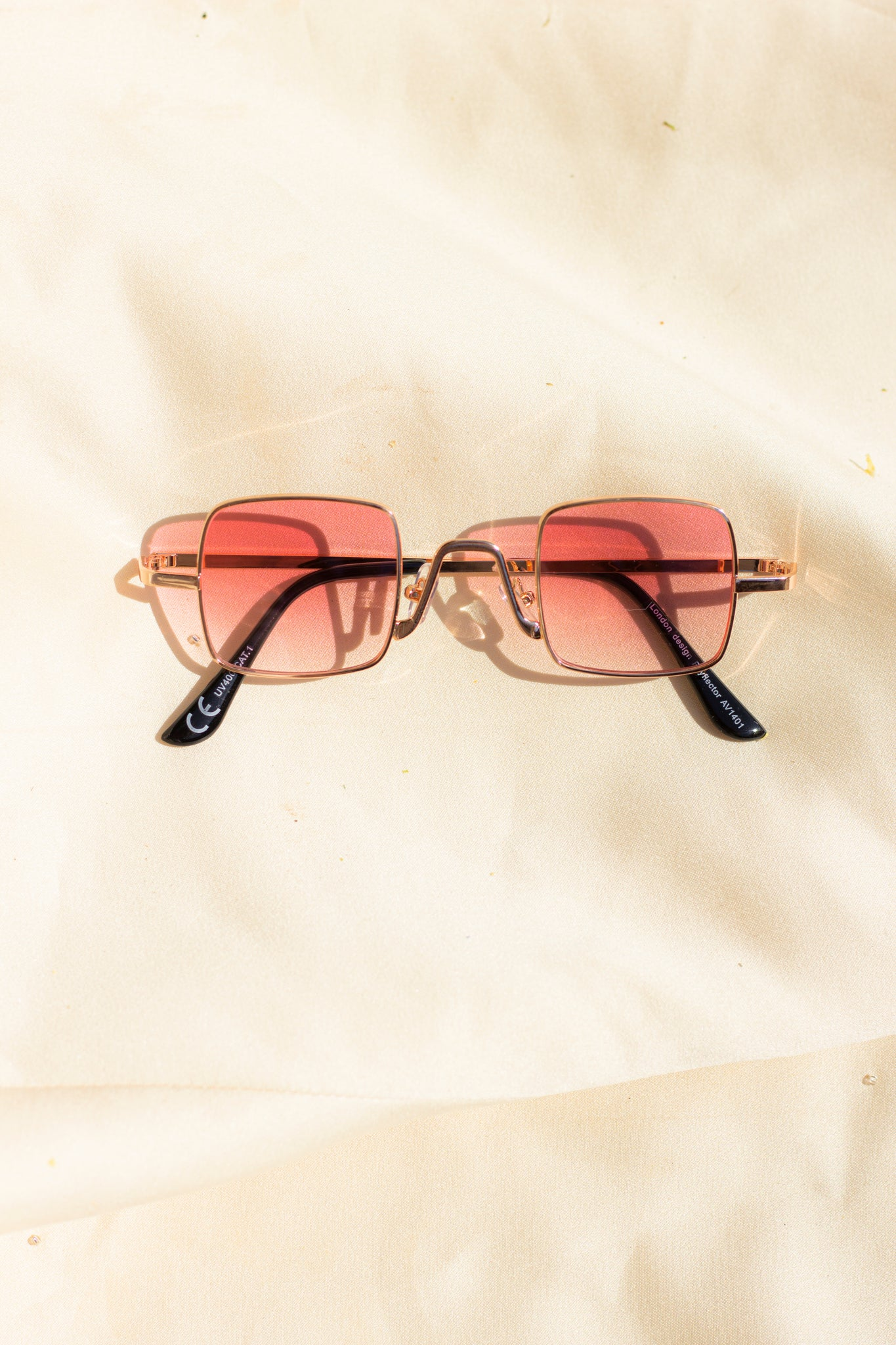 Gradient Pink Tint Retro Style Square Wire Frame Sunglasses Micro - Sugar + Style