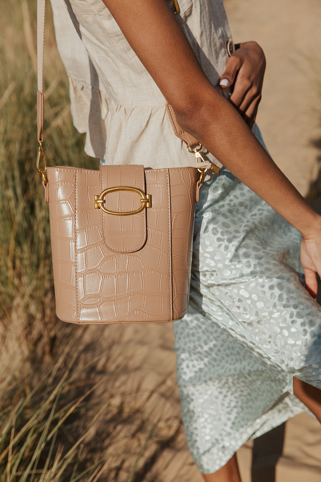 Croc Effect Bucket Bag - Sugar + Style