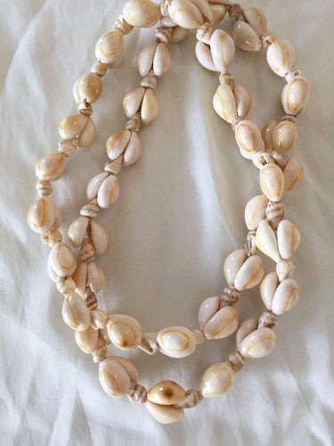 vintage cowrie shell necklace