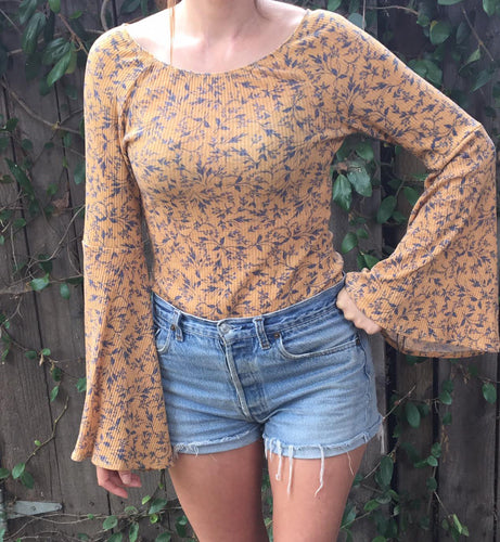 Womens Vintage Floral Bell Sleeve Top