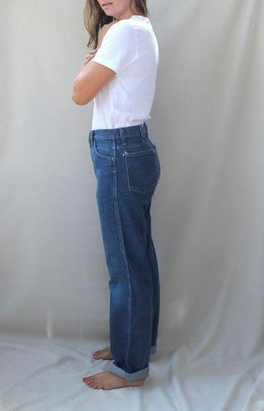 a86ae921 Women's Vintage Wrangler Jeans 30