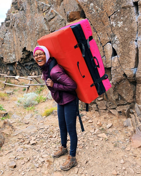 Quincy Berkompas Climber Interview - Standing with Crash Pad