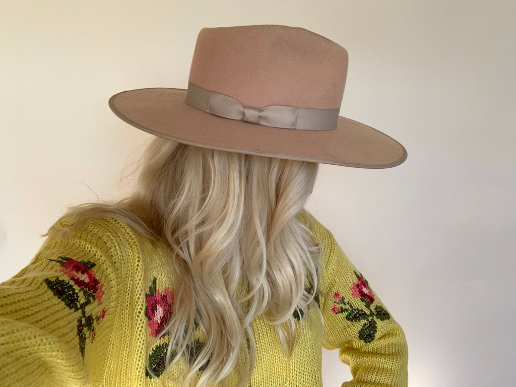 Elleflower- Distressed Needlepoint Sweater // CITRONELLA