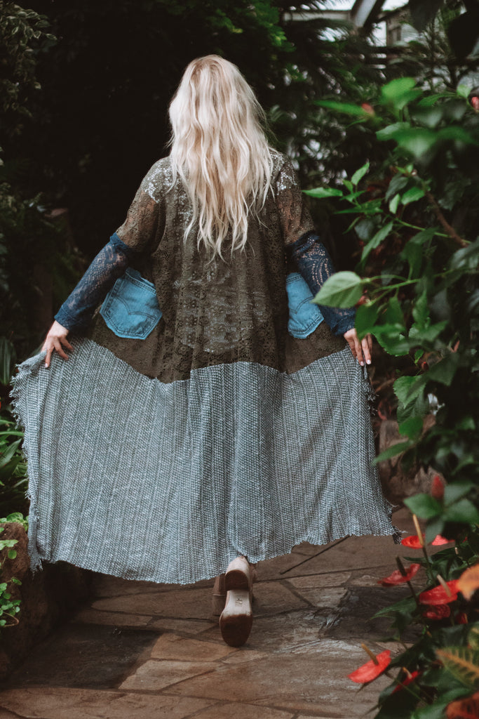 Denim Project: Loved Textile Lace - DISTRESSED LIGHTWASH DUSTER