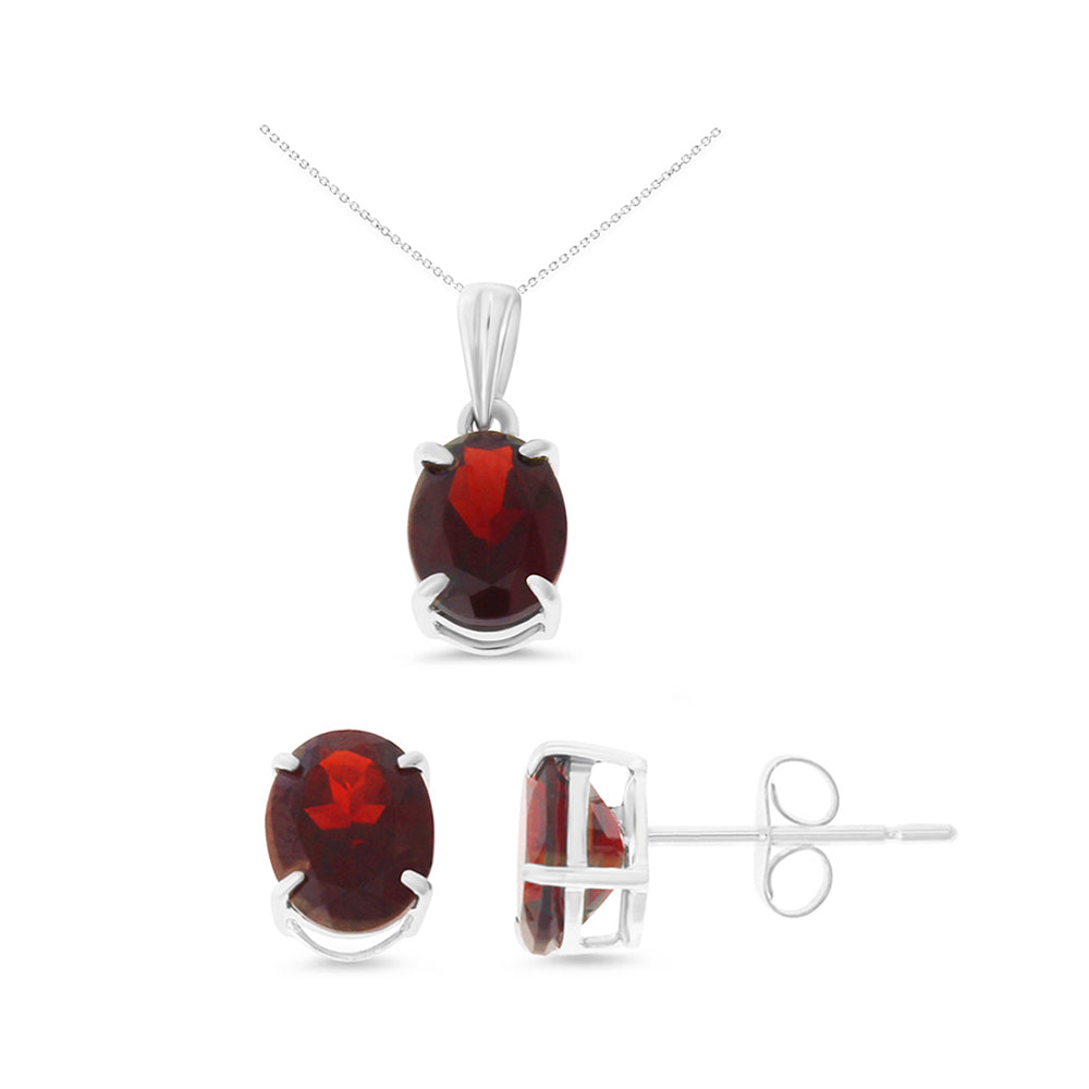 4.53ctw 6 x 8 mm. Oval Shaped Genuine Natural Garnet Set 14kt White Gold