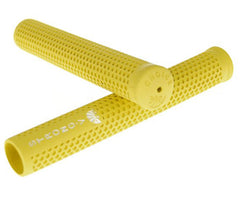 Strong V track grips