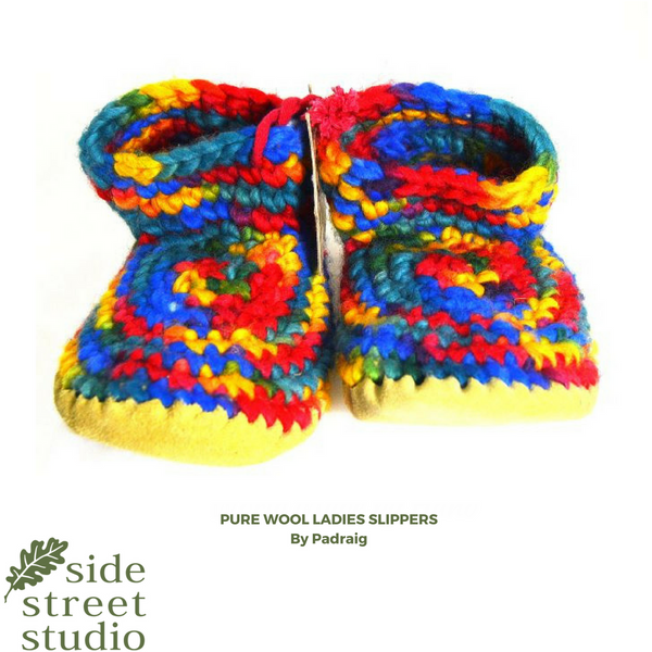 LADIES WOOL SLIPPERS - MEDIUM