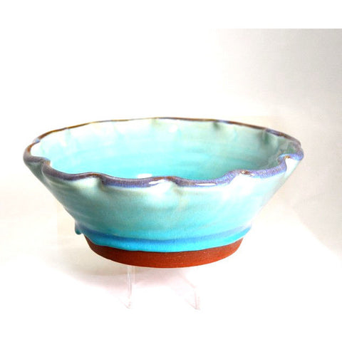 RIMMED BOWL WITH FLUTED EDGE DESIGN - Side Street Studio