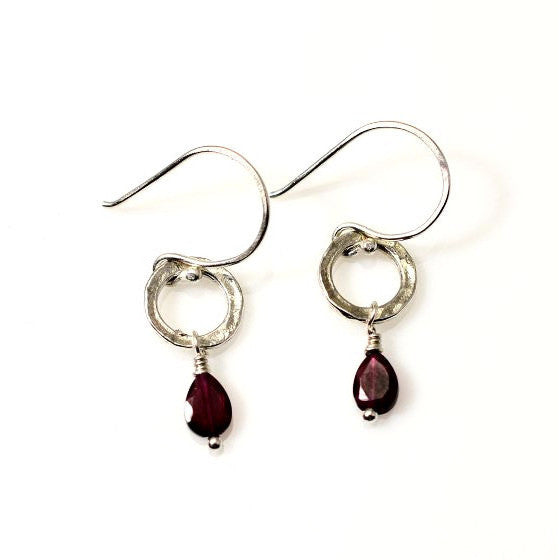 STERLING SILVER SMALL CIRCLE EARRINGS - GARNET - Side Street Studio