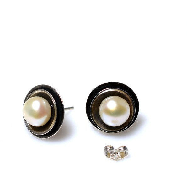 STERLING SILVER PEONY WITH PEARL DESIGN EARRINGS - Side Street Studio