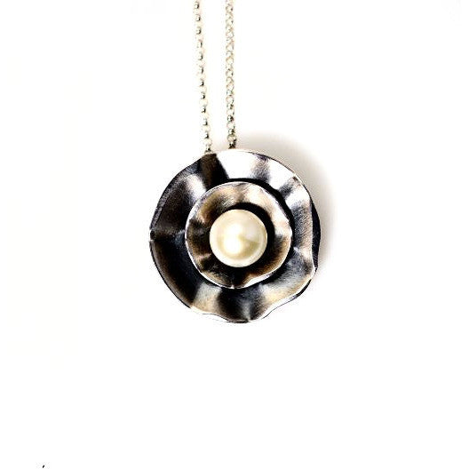 STERLING SILVER PENDANT WITH PEARL - Side Street Studio