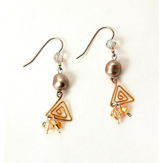 CHAMPAGNE ON ICE EARRINGS - Side Street Studio