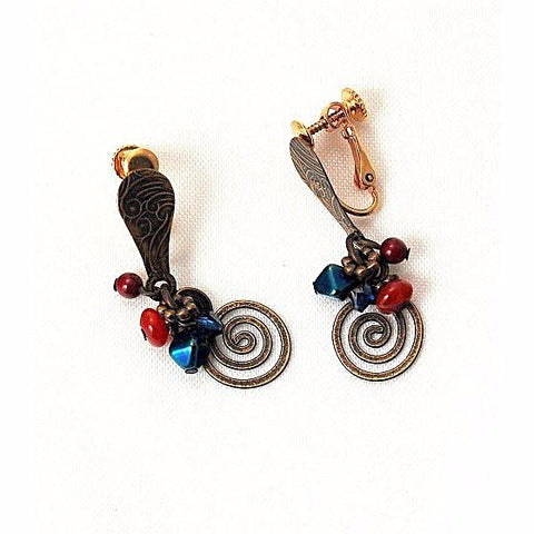 GRANDMOTHERS CARPET CLIP EARRINGS - Side Street Studio