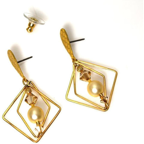 CHAMPAGNE CREAM EARRINGS - Side Street Studio
