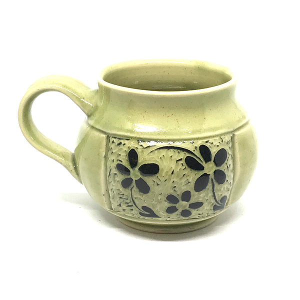 BLACK AND GREEN FLORAL MUG