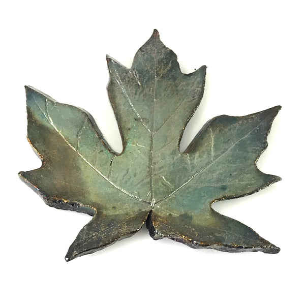MEDIUM RAKU MAPLE LEAF - GREEN