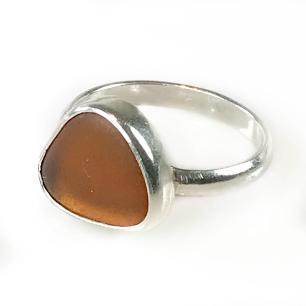 AMBER RING ON 1/2 ROUND BAND