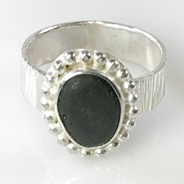 MAPLE BAY STONE RING WITH BEADED SURROUND