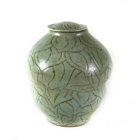 GREEN LEAF LIDDED VESSEL