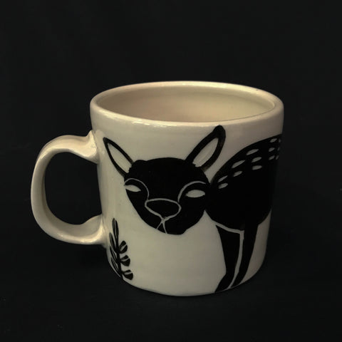 CARVED DESIGN MUG - DOG DESIGN