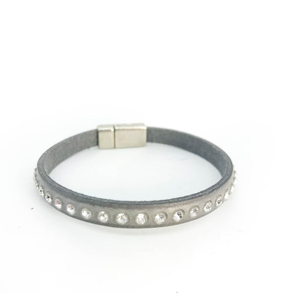 CRYSTAL STUD LEATHER BRACELET