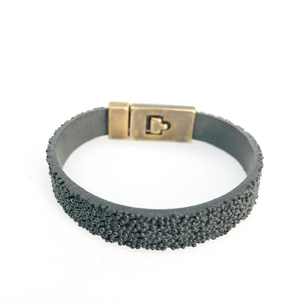 TEXTURED LEATHER BRACELET WITH SILVER CLASP