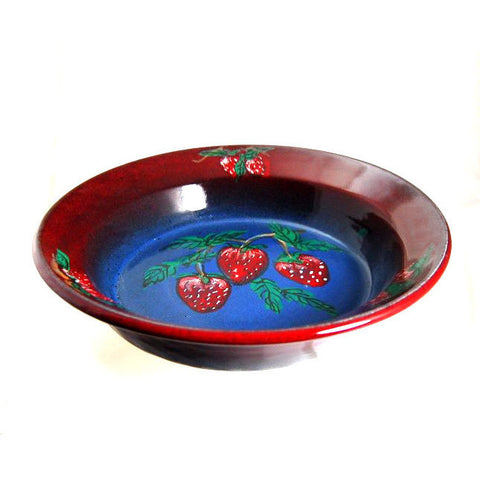 STRAWBERRY DESIGN PIE DISH - Side Street Studio