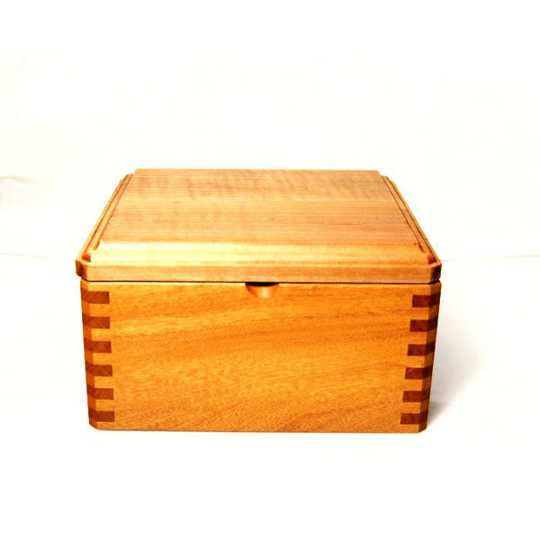 MAPLE WOOD JEWELLERY BOX