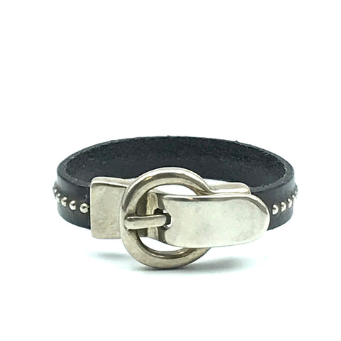 LEATHER SINGLE STUDDED WRIST WRAP WITH BUCKLE CLASP - M