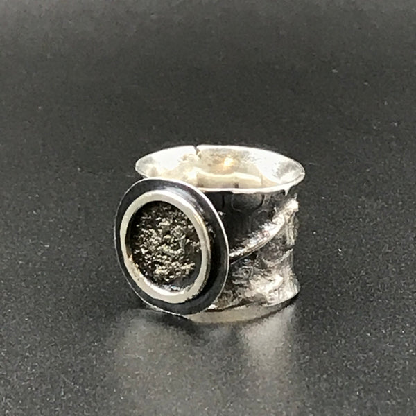 Reticulated Sterling Silver Ring with Circle Design, Size 7 1/2