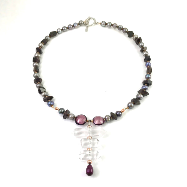 Medieval Collection pendant necklace with Triple Crystals