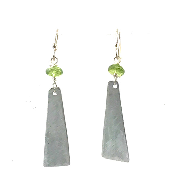 Aluminum triangle with Peridot bead design earrings