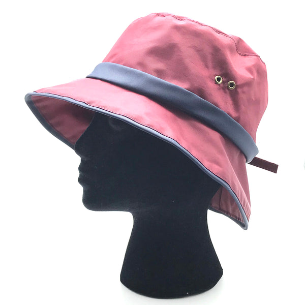 Casual Rain Sport Hat in Red with Blue Trim