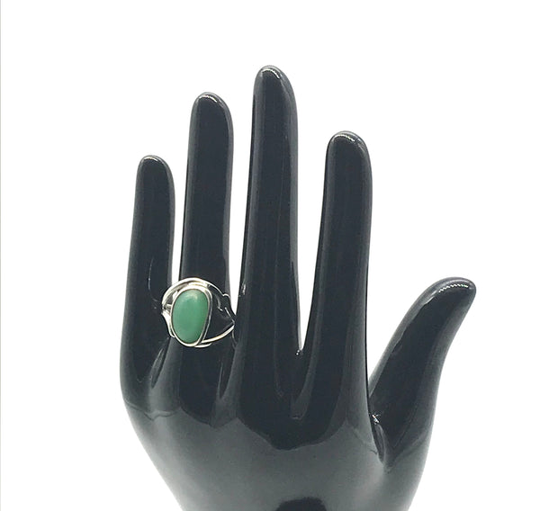 Sterling silver ring with Chrysoprase size 7 1/2