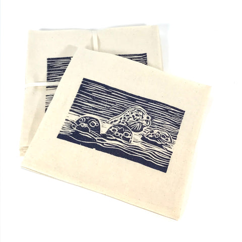 Napkin Set of 4 with Blue Seals Print Design