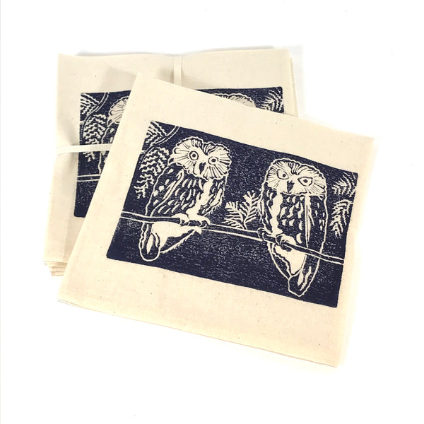 Napkin Set of 4 with Blue Owls Print Design
