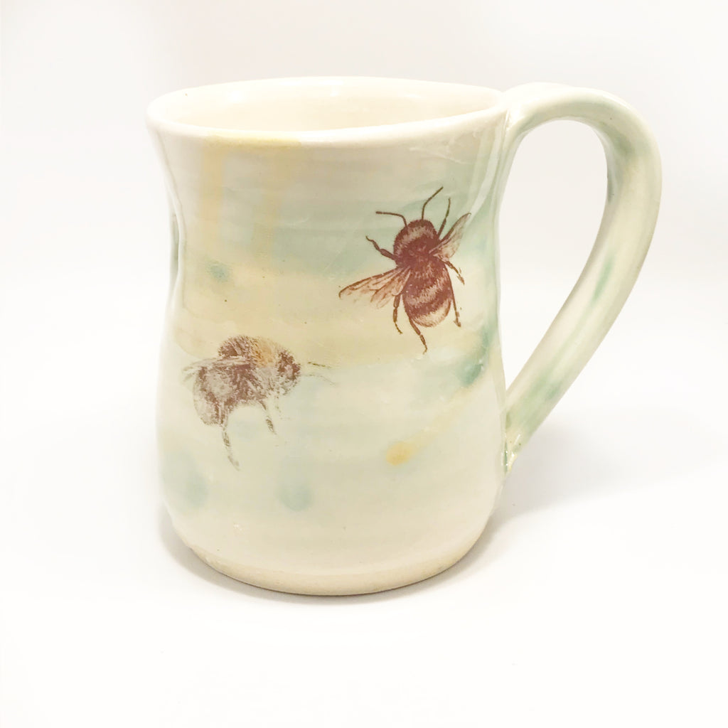 Ocean and Shore Pottery Mug Bee