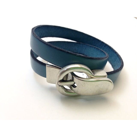 DOUBLE LEATHER WRIST WRAP WITH BUCKLE CLASP- M