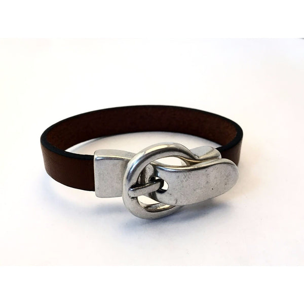 LEATHER WRIST WRAP WITH BUCKLE