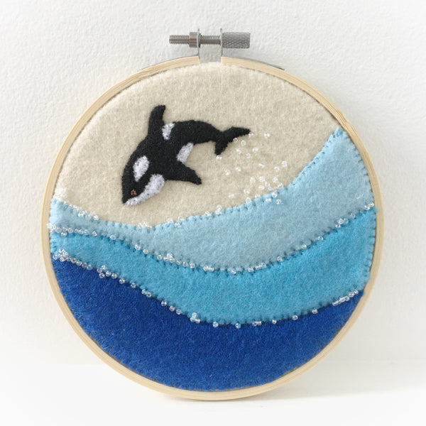 ORCA WHALE IN OCEAN - HAND EMBROIDERED