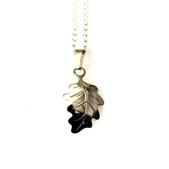 STERLING SILVER OAK LEAF PENDANT - Side Street Studio
