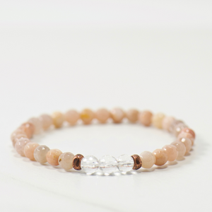 MINI Quartz Crystal | Peach Moonstone Bracelet