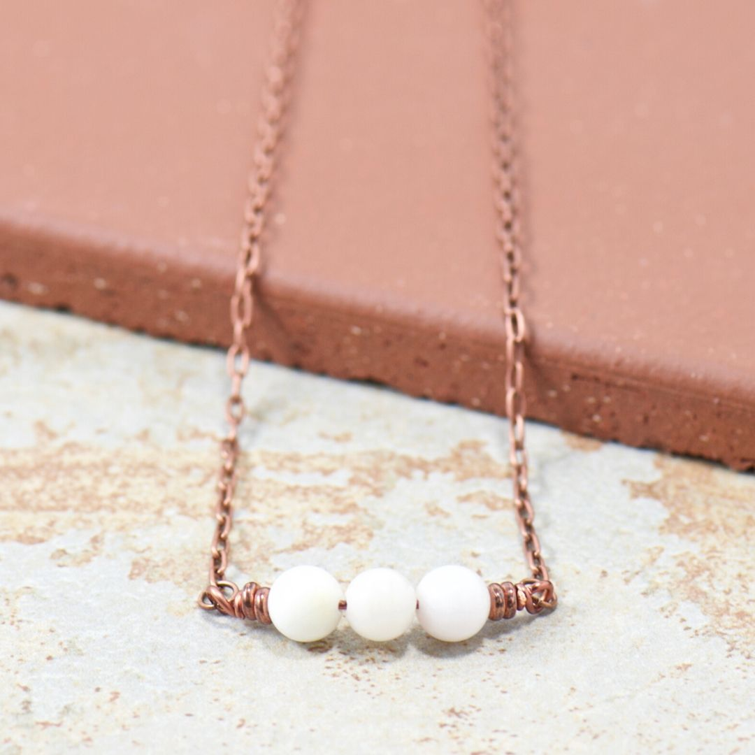 Simple Intentions Mentalist | White Agate Gemstone Necklace