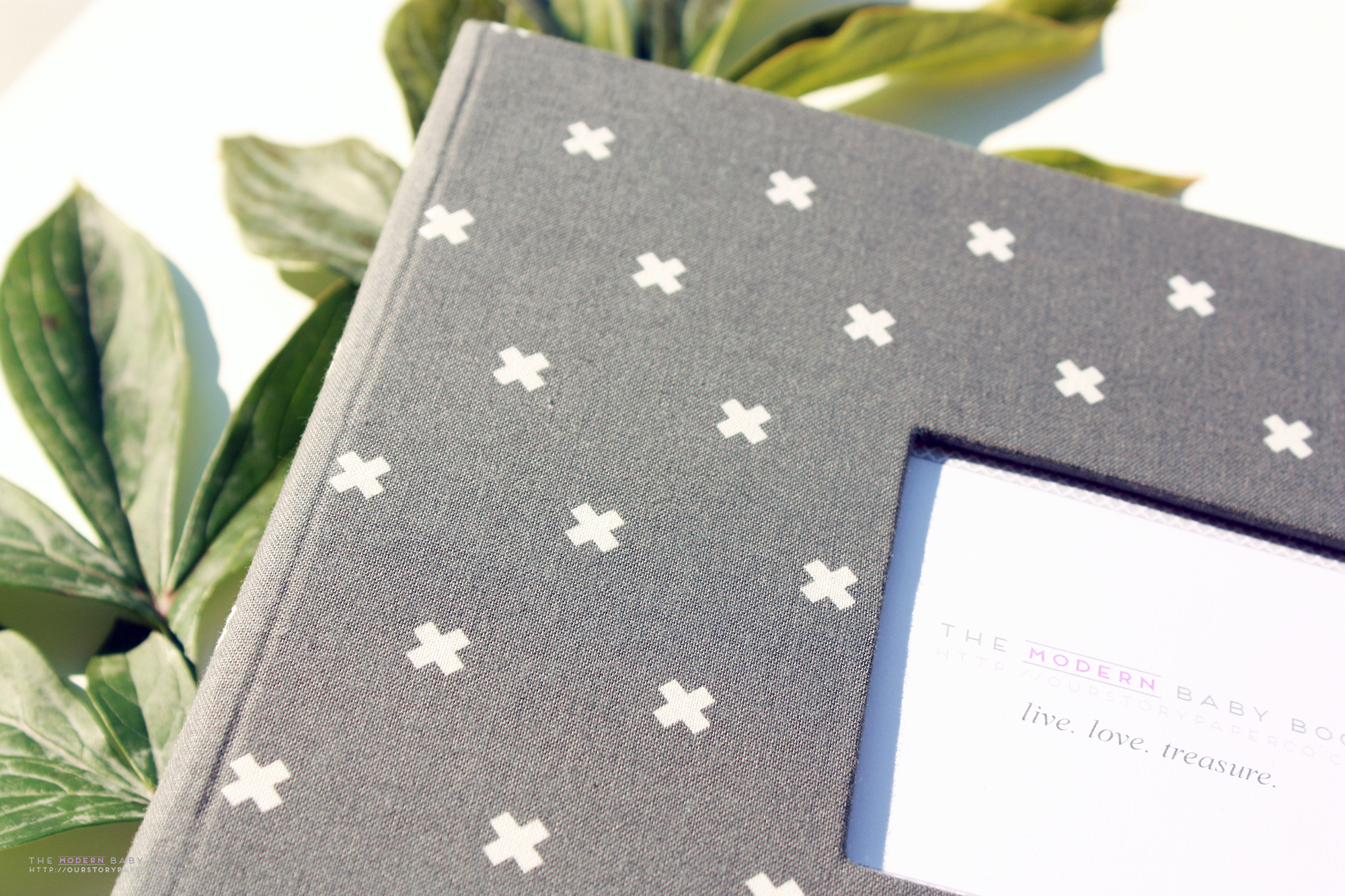 Carbon Gray XOXO Keepsake Album - Our Story Paper Co.