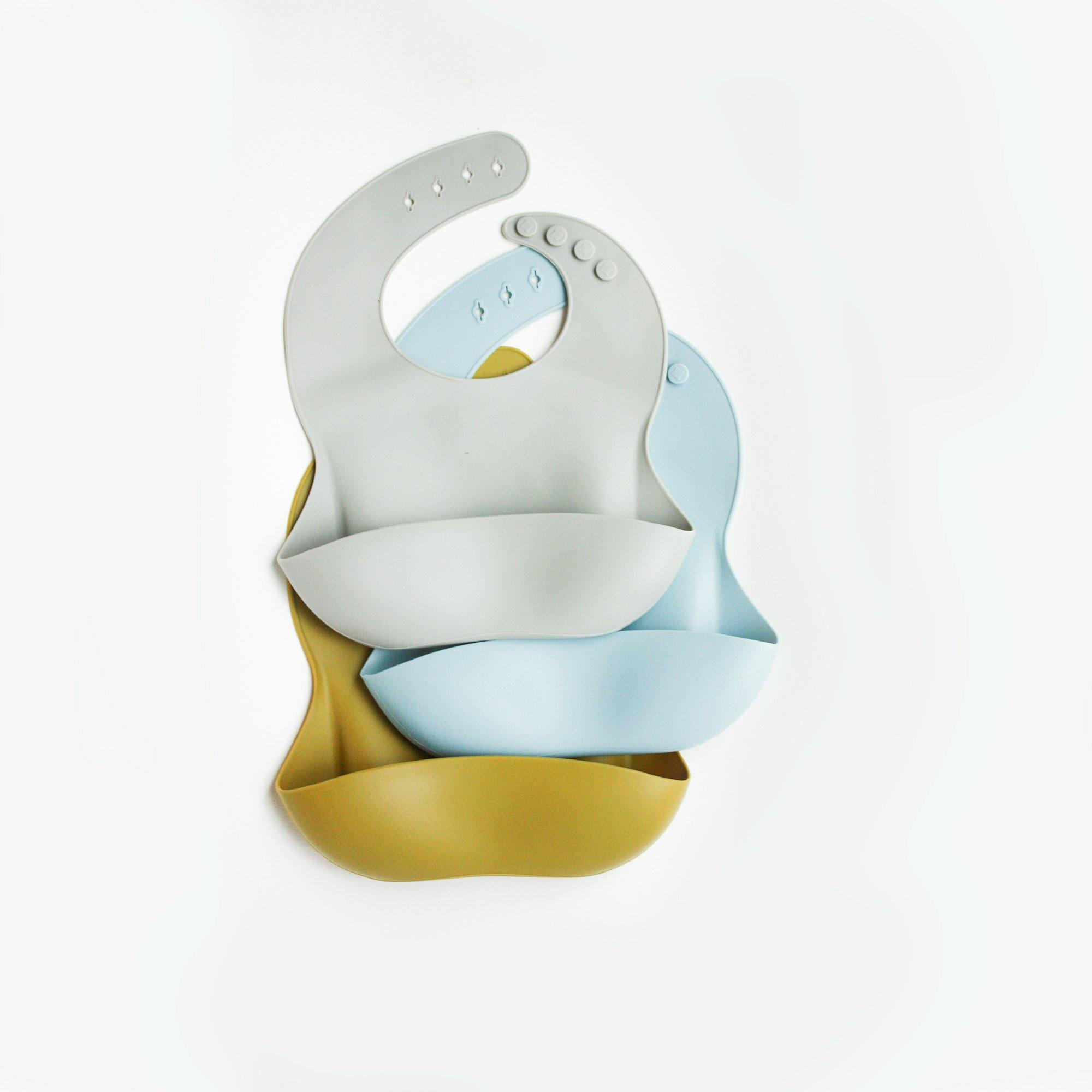 Silicone Feeding Bib in Sleepy blue - Our Story Paper Co.